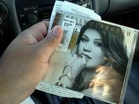kelly clarkson stronger album